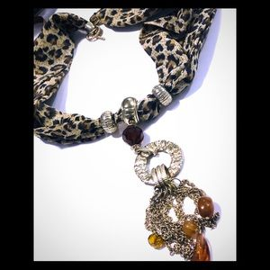 Cheetah fabric necklace with pendant